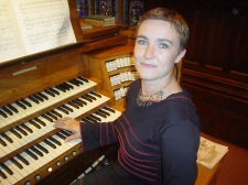 Carine Clément à l'orgue